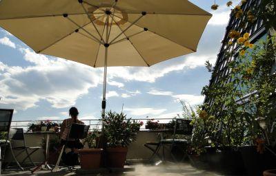 Artemisia-Berlin-Terrace-5-11267.jpg
