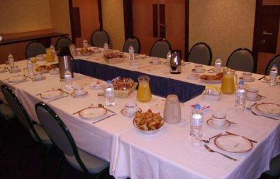 Holiday_Inn_CALAIS-Calais-Conference_room-11-11619.jpg