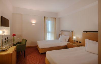 Double room (standard) NH Catania Centro