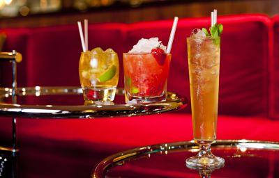 Bar del hotel Rival