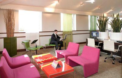 Novotel_Stevenage-Stevenage-Conference_room-3-12714.jpg