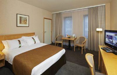 Holiday_Inn_HASSELT-Hasselt-Room-19-12862.jpg