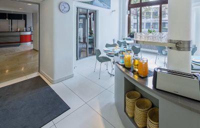 Sala de desayuno Berliner Hof