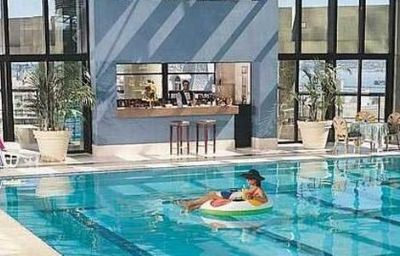 RADISSON_MONTEVIDEO_PLAZA_HTL-Montevideo-Pool-2-13246.jpg
