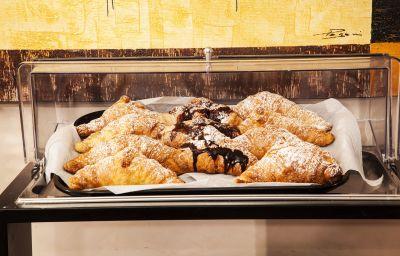 Petit-déjeuner buffet Concorde