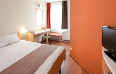 ibis_Bonn-Bonn-Room-7-13868.jpg