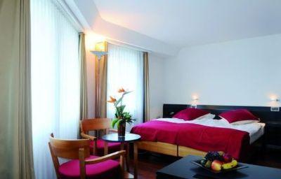 Seidenhof_Sorell-Zurich-Room-5-14077.jpg