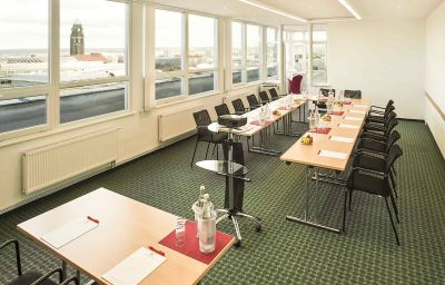 ibis_Dresden_Lilienstein-Dresden-Conference_room-3-14423.jpg