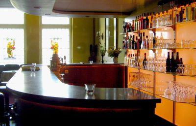 Schwarzer_Baer-Jena-Hotel_bar-14647.jpg