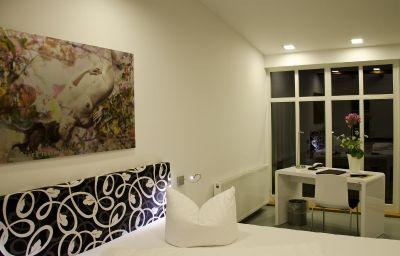 Schwarzer_Baer-Jena-Superior_room-3-14647.jpg