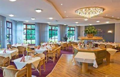 Kristall-WeisswasserOberlausitz-Restaurant-2-14708.jpg