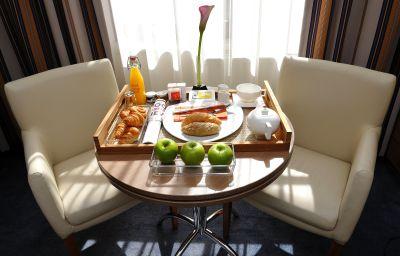 Suite Mercure Budapest City Center Hotel