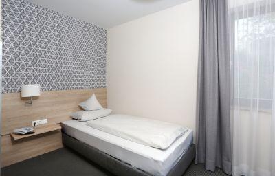Vogthof-Aalen-Einzelzimmer_Komfort-2-15267.jpg