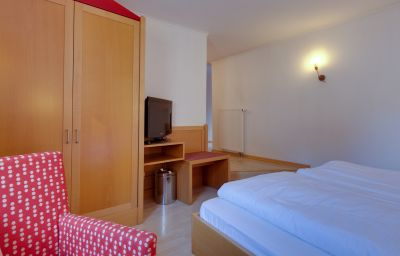 Chambre Roter Hahn