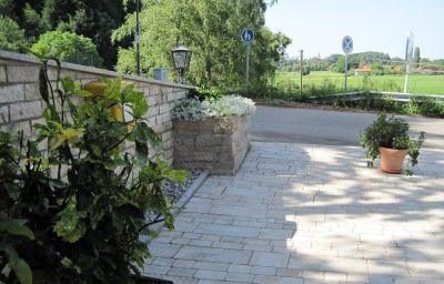 Zur_Schoenen_Aussicht-UEbersee-Hotel_outdoor_area-15679.jpg