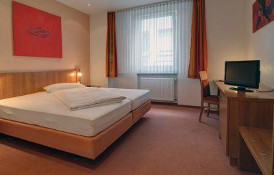 Room Zur Krone