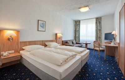 Room Göller