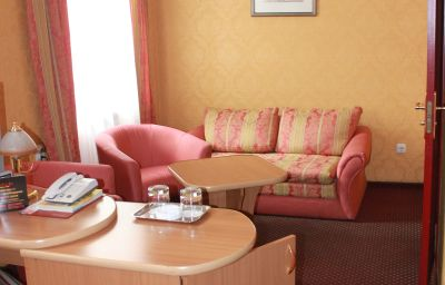 Moskva-Kaliningrad-Double_room_superior-2-17350.jpg
