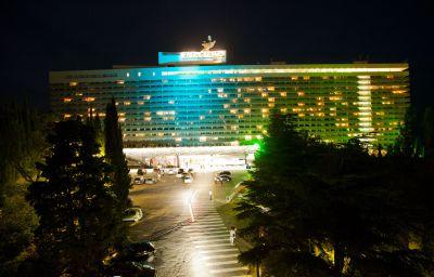 Yalta_Hotel_Complex-Jalta-Aussenansicht-4-17518.jpg
