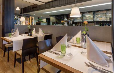 Zum_Kranz_Gasthaus-Loerrach-Restaurant-6-18025.jpg