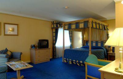 THISTLE_BRANDS_HATCH-Dartford-Room-8-18097.jpg