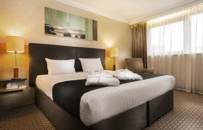 Park_Inn_By_Radisson_Cardiff_City_Centre-Cardiff-Room-4-18640.jpg