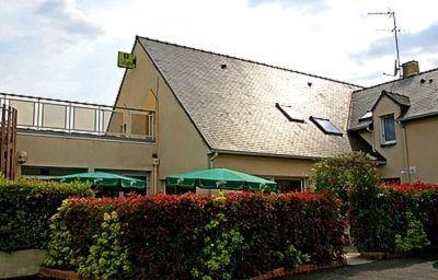 Beaujoire_Logis-Nantes-Hotel_outdoor_area-20114.jpg