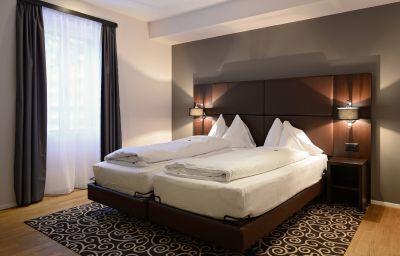 Pokój dwuosobowy (komfort) Central