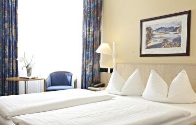 Chambre double (standard) InterCityHotel