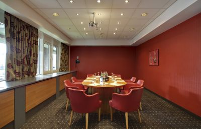 Radisson_Blu_Senator-Luebeck-Meeting_room-21806.jpg