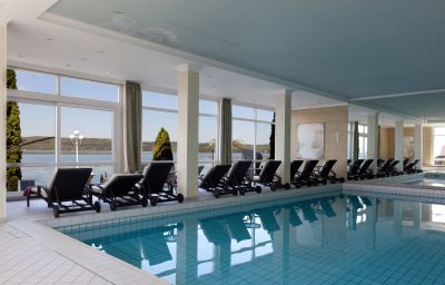 Seehotel_Leoni-Berg-Pool-1-22354.jpg