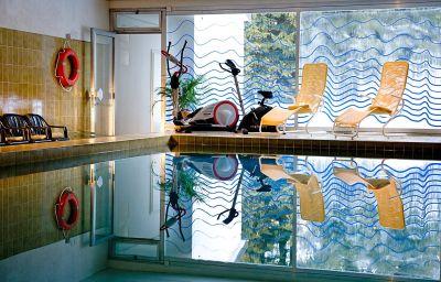 Swimming pool Cresta Sun