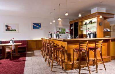 Alfa_Gold_Inn-Berlin-Hotel_bar-1-22603.jpg