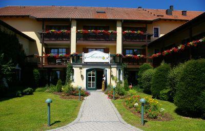Sammareier_Gutshof-Bad_Birnbach-Exterior_view-2-22829.jpg