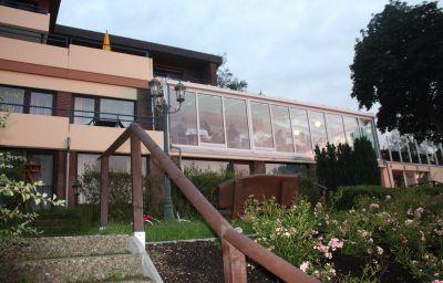 Redderkrug_Hotel_am_See-Eutin-Hotel_outdoor_area-1-23006.jpg