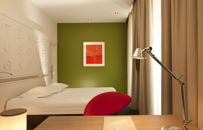 Hotel_Gutenberg-Strasbourg-Double_room_superior-8-23033.jpg