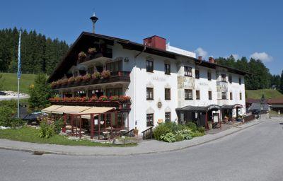 Schmelz_Aktivhotel_Gasthof-Inzell-Exterior_view-8-23425.jpg