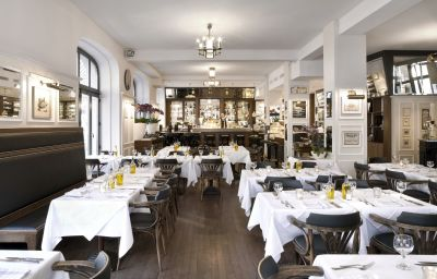 Restaurant/salle de petit-déjeuner Europe
