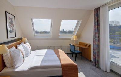 Holiday_Inn_BERLIN_-_MITTE-Berlin-Room-32-24346.jpg