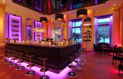 Schweizerhof-Lucerne-Hotel_bar-25370.jpg