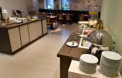 Salle du petit-déjeuner Cryston
