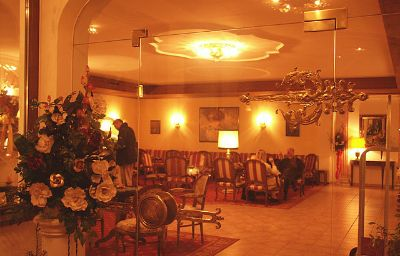 Berner_Zell_am_See-Zell_am_See-Reception-26007.jpg
