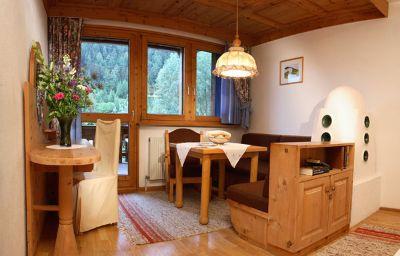 Almhof_Tophotel_Nauders-Nauders-Appartement-1-26181.jpg