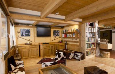 Almis_Berghotel-Obernberg_am_Brenner-Hall-26186.jpg