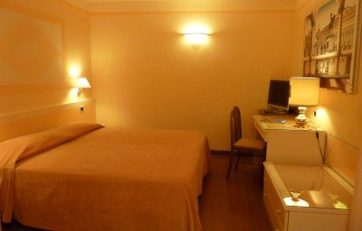 Dogana_Vecchia-Turin-Double_room_standard-26467.jpg