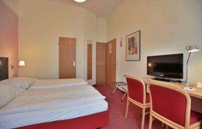 Aigner-Bonn-Room-6-26767.jpg