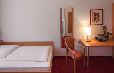 Air_in_Berlin-Berlin-Single_room_superior-26953.jpg