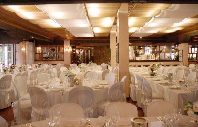 Restaurant 1 Villa Revedin