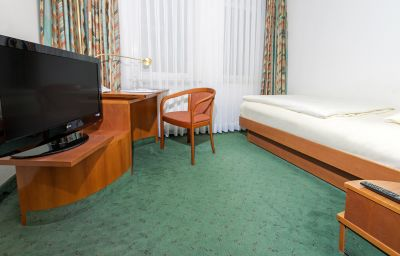 Single room (standard) Airport Hotel