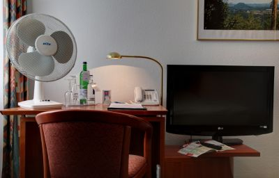 Room Airport Hotel